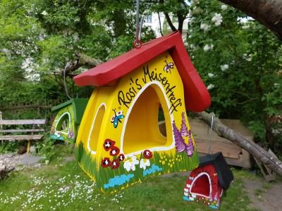 Futterhaus - Gartenzauber gelb - personalisiert