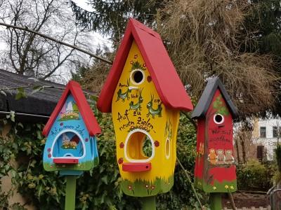 Kombiniertes Vogelhaus - Minivilla 1 Grashüpfer gelb - personalisiert