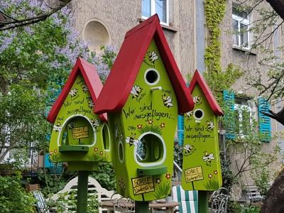 Kombiniertes Vogelhaus - Minivilla 1 Bienen kiwigrün - personalisiert