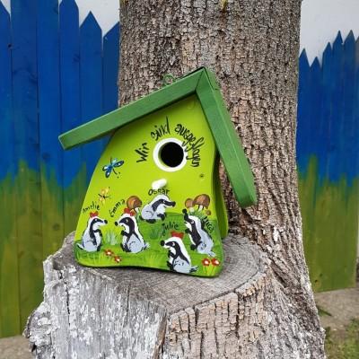 Nistkasten - Nistmini Dachse kiwigrün - personalisiert