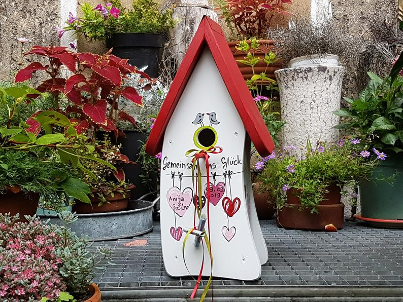 Hochzeit Hochzeitsgeschenk Vogelhaus Nistkasten /& Futterhaus 2in1 Herzen personalisiert