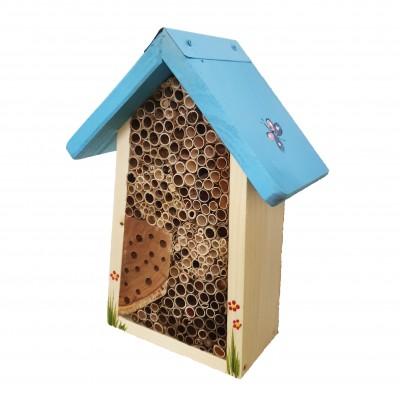 Bienenhotel klein ohne Schild mit Schmetterlingen farbiges Dach