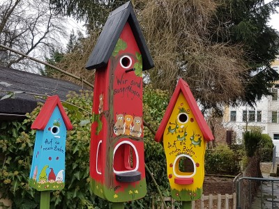 Kombiniertes Vogelhaus - Minivilla 2 Eulen rot - personalisiert